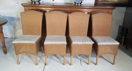 Столове четири броя