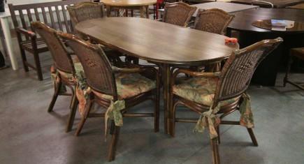 Комплект маса + 6 стола от ратан