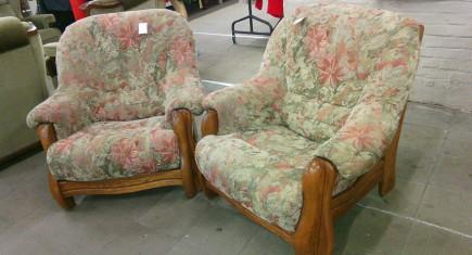 Кресла Мида с дървена конструкция