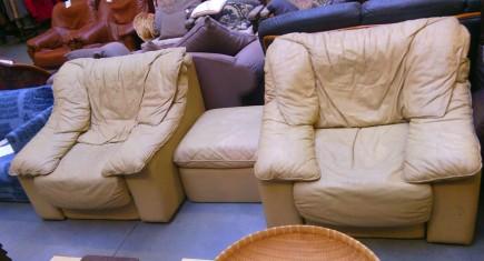 Кресла + табуретка