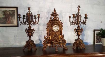 Часовник с 2бр. свещници