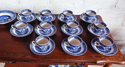 Трапезна маса + 6 стола