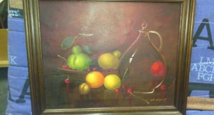 """Картина- маслени бои,платно натюрморт """"Плодове,стъклена бъклица"""""""