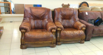 Кресла - два броя
